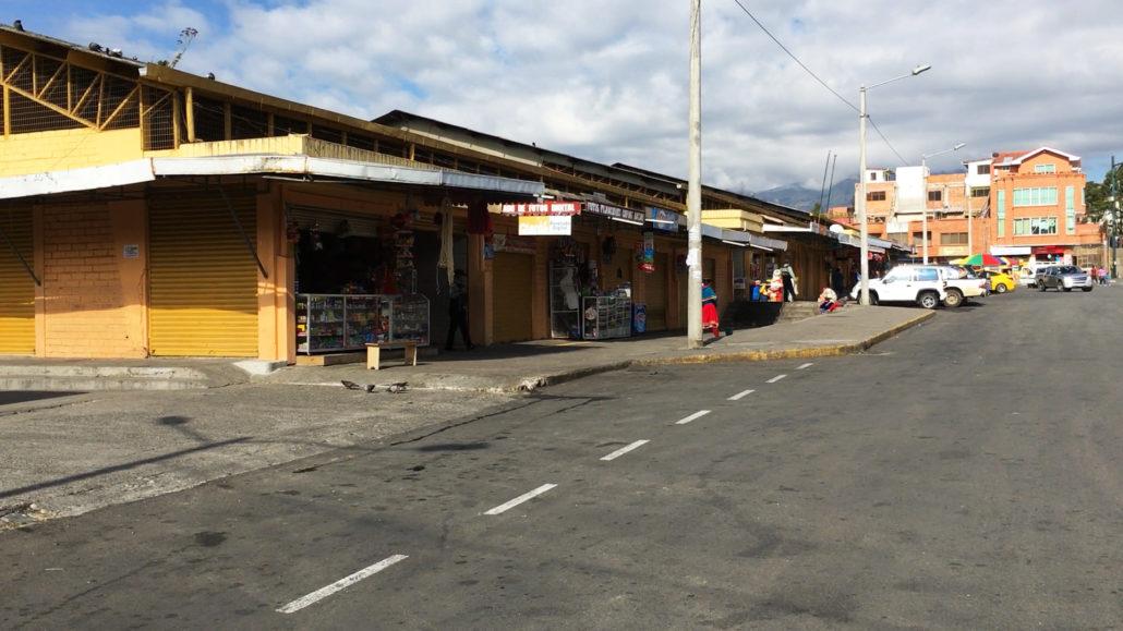 Mercado 27 de Febrero in Cuenca Ecuador