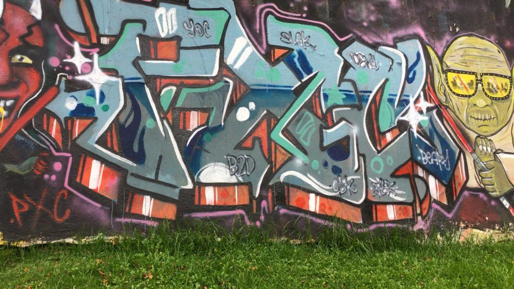 Yoda Graffiti Cuenca Ecuador