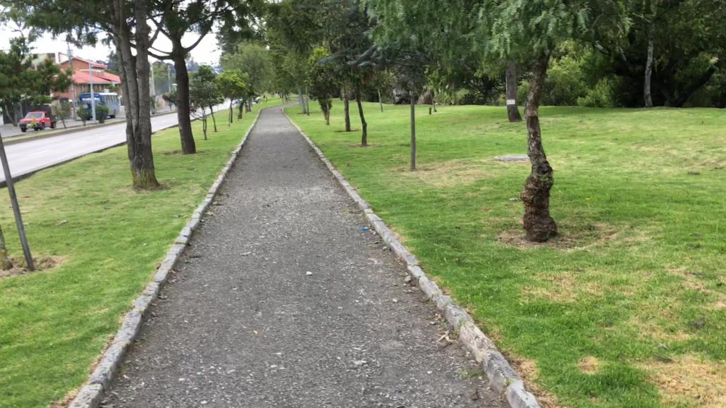 Trail to Parque El Paraíso Cuenca Ecuador