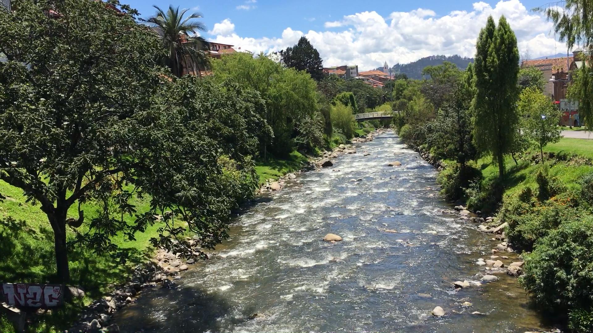 Rio Tomebamba Cuenca Ecuador