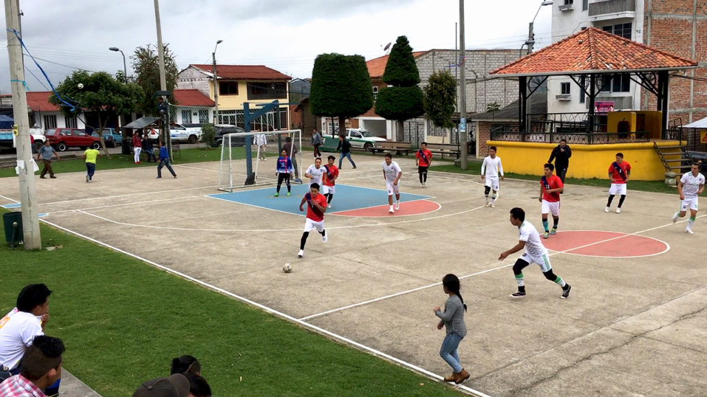 Indoor Fútbol in San Bartolomé Ecuador