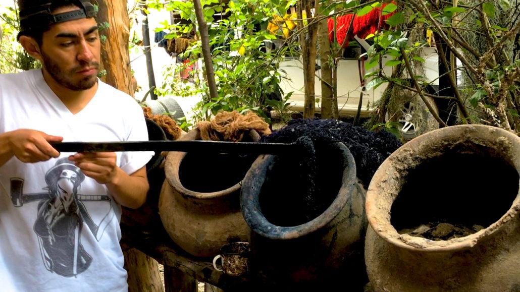 Macana Color Dye Pots Gualaceo Ecuador
