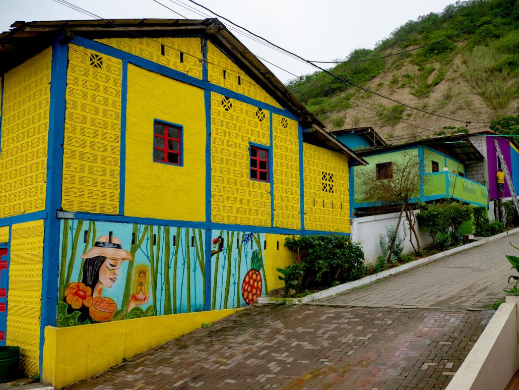 La Entrada Ecuador Mural 2