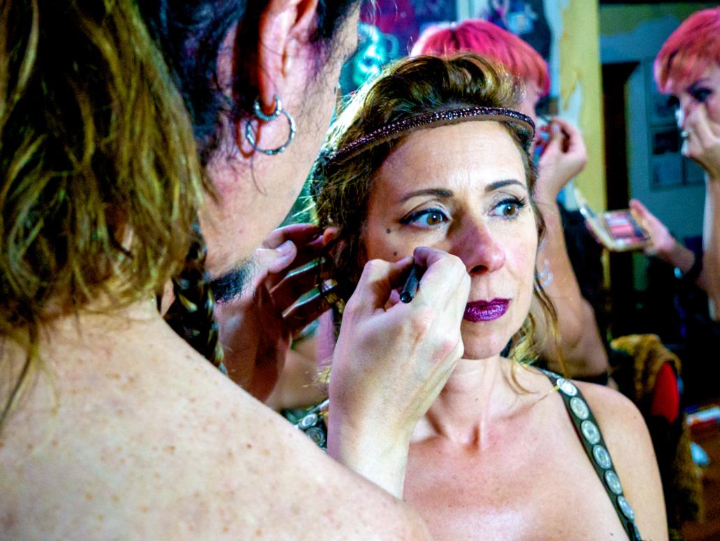 1 Amelia Makeup