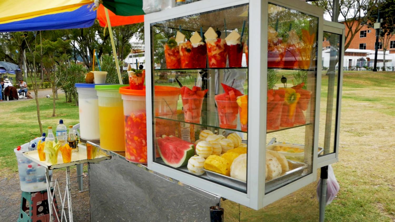 Parque Paraíso Cuenca Ecuador Fruit Stand