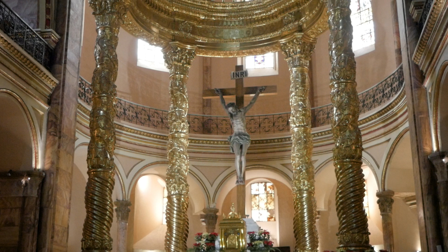 New Cathedral Cuenca Altar