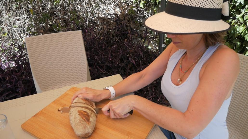 Tosta Bread