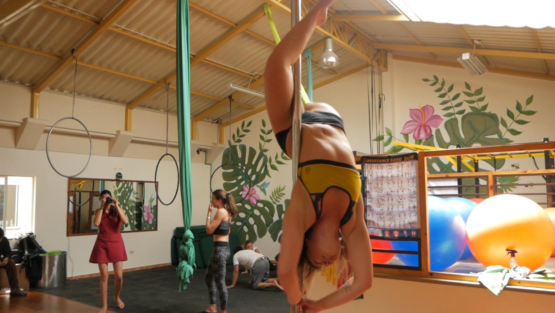 Cuenca Ecuador Fitness Pole Dance