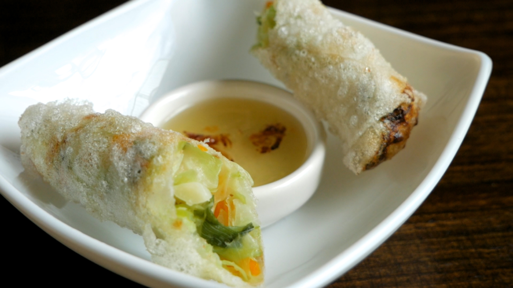 Pho Vietnamita Vegan Spring Roll