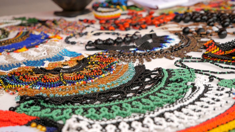 Allpa Feria Holística Cuenca Ecuador Amazon Jewelry