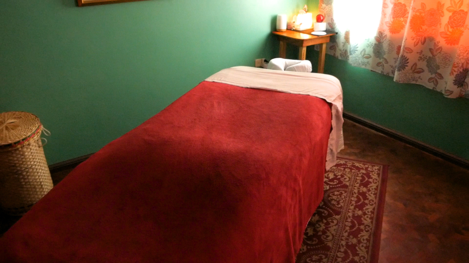 Massage Cuenca Ecuador Table